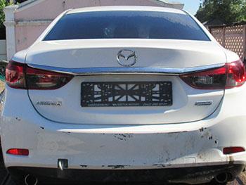 Не затягивайте с ремонтом бампера Mazda