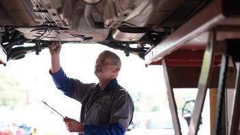 Как осуществляется ремонт ходовой части Ford