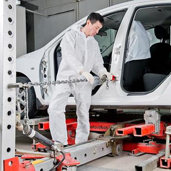 Стапельные работы: как восстановить геометрию кузова Suzuki